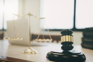 What's the Difference Between a Felony and a Misdemeanor?
